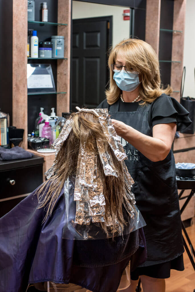 Salon  Working